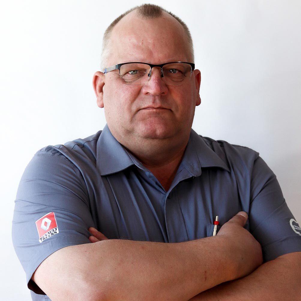 Heimo Hiltunen, Huoltopäällikkö